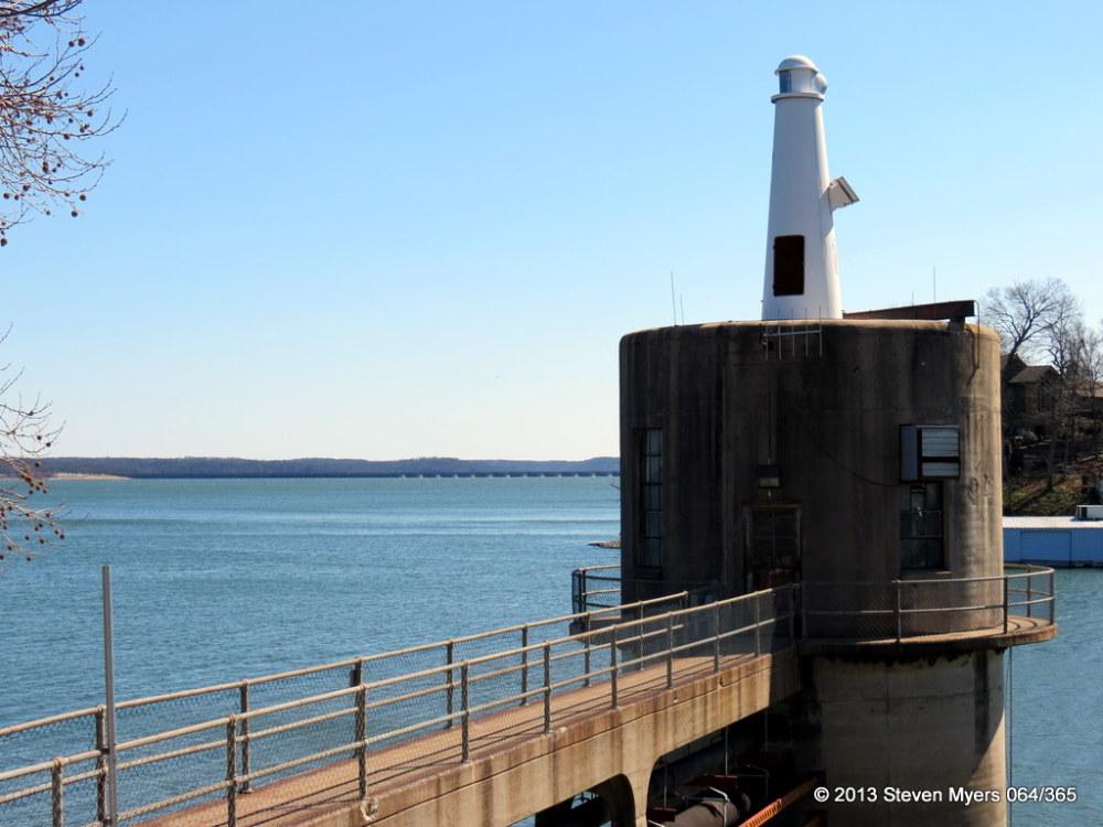 064/365 Lighthouse