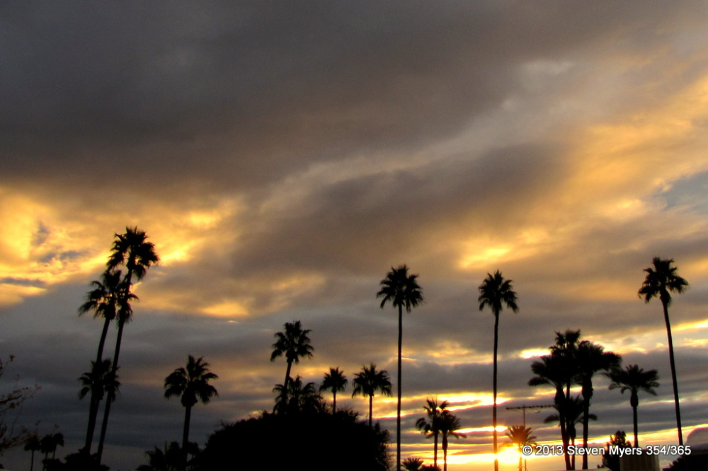 354/365 Sunrise in Arizona