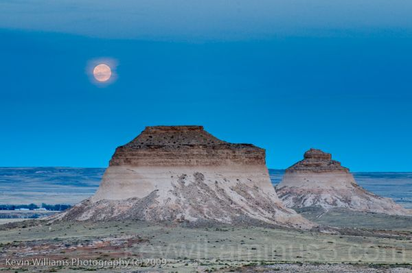 moon over Pawnee Buttes