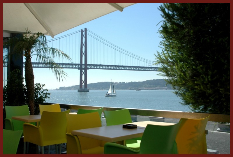 I INVITE YOU ALL FOR A CUP OF COFFE IN LISBON