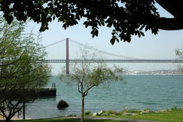 LISBON  OLD BRIDGE