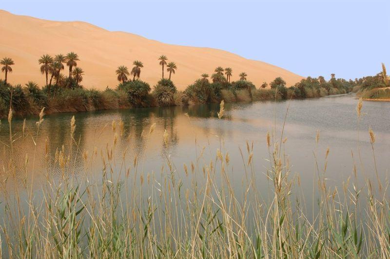 LIBYA DESERT LAKES-THE UMM AL-MAA LAKE-1