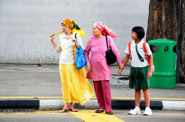 SINGAPORE- A FAMILY PORTRAIT