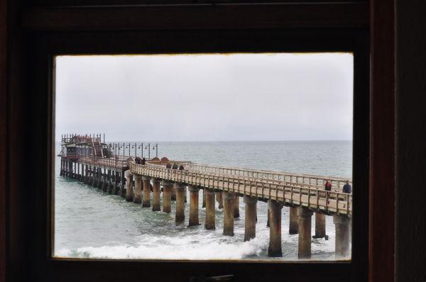 NAMÍBIA-A WINDOW IN SWAKOPMUND