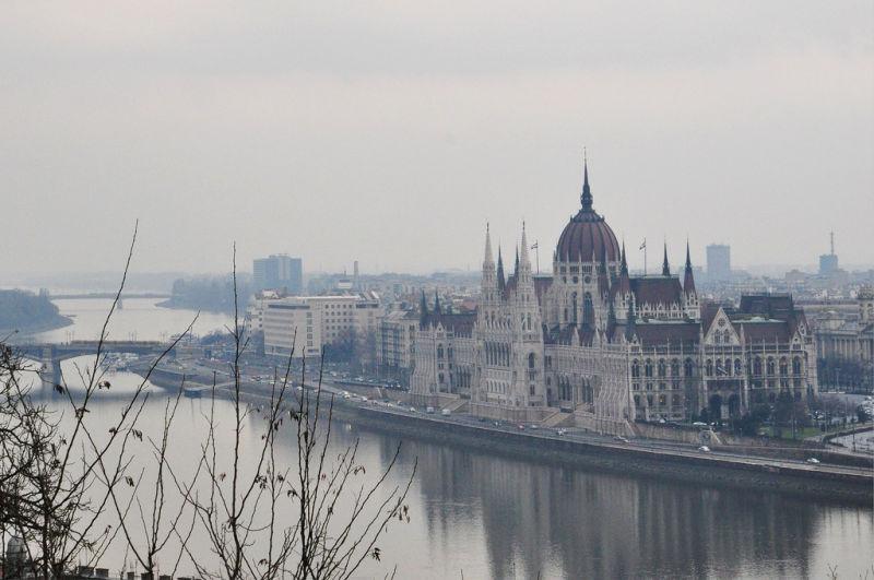 BUDAPEST ON A RAINY DAY-1