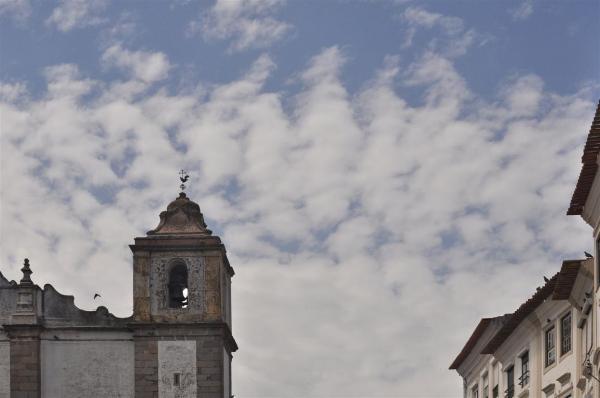THE SKY IN ÉVORA