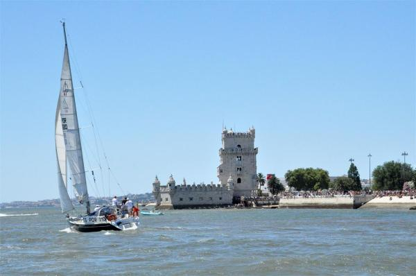 THE JOY AT THE LISBON RIVER TEJO-5