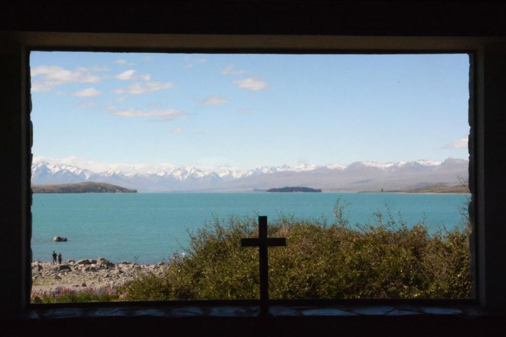 VIEW OVER LAKE TEKAPO -2
