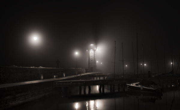 MIDNIGHT IN THE FOG