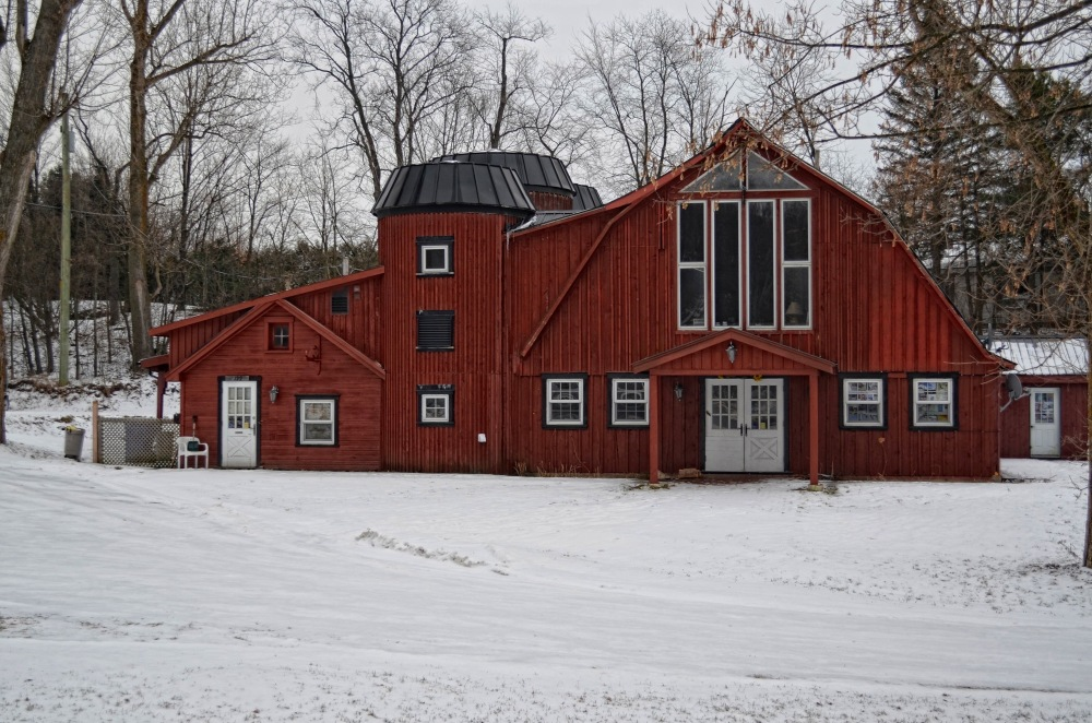 a barn capture