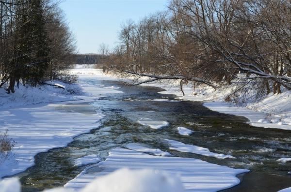 winter river capture