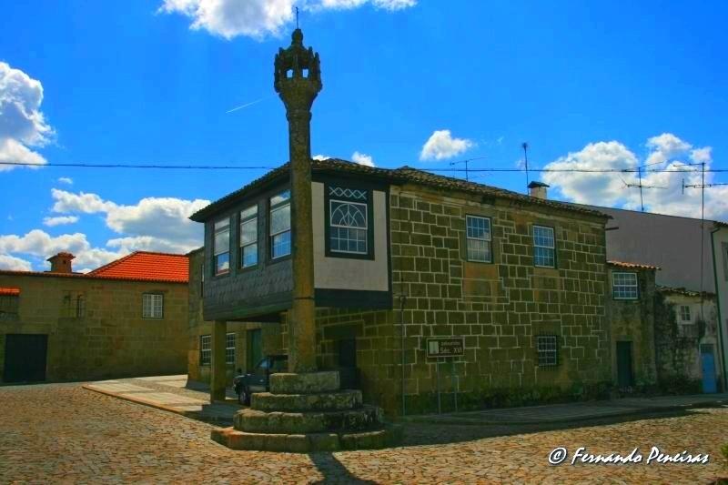 Pelourinho de Sernancelhe - Portugal