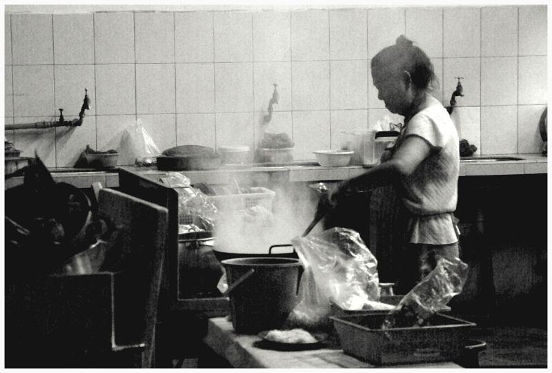 woman preparing the food