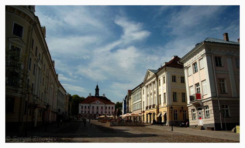 Raekoda square in Tartu, Estonia