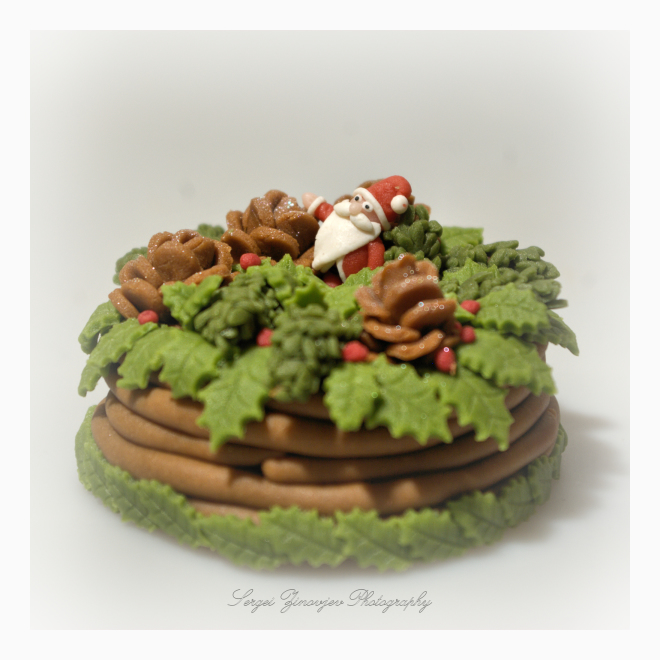 marzipan Christmas basket