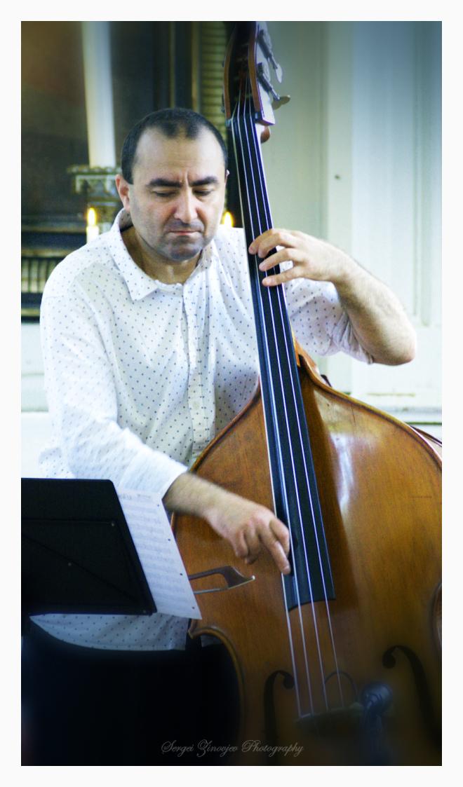 Ara Yaralyan playing Double Bass