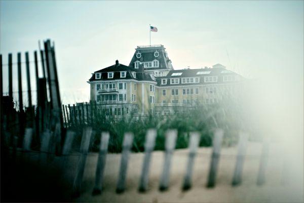 ocean hotel in watch hill