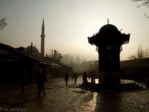 photography of the Sebilj in Sarajevo