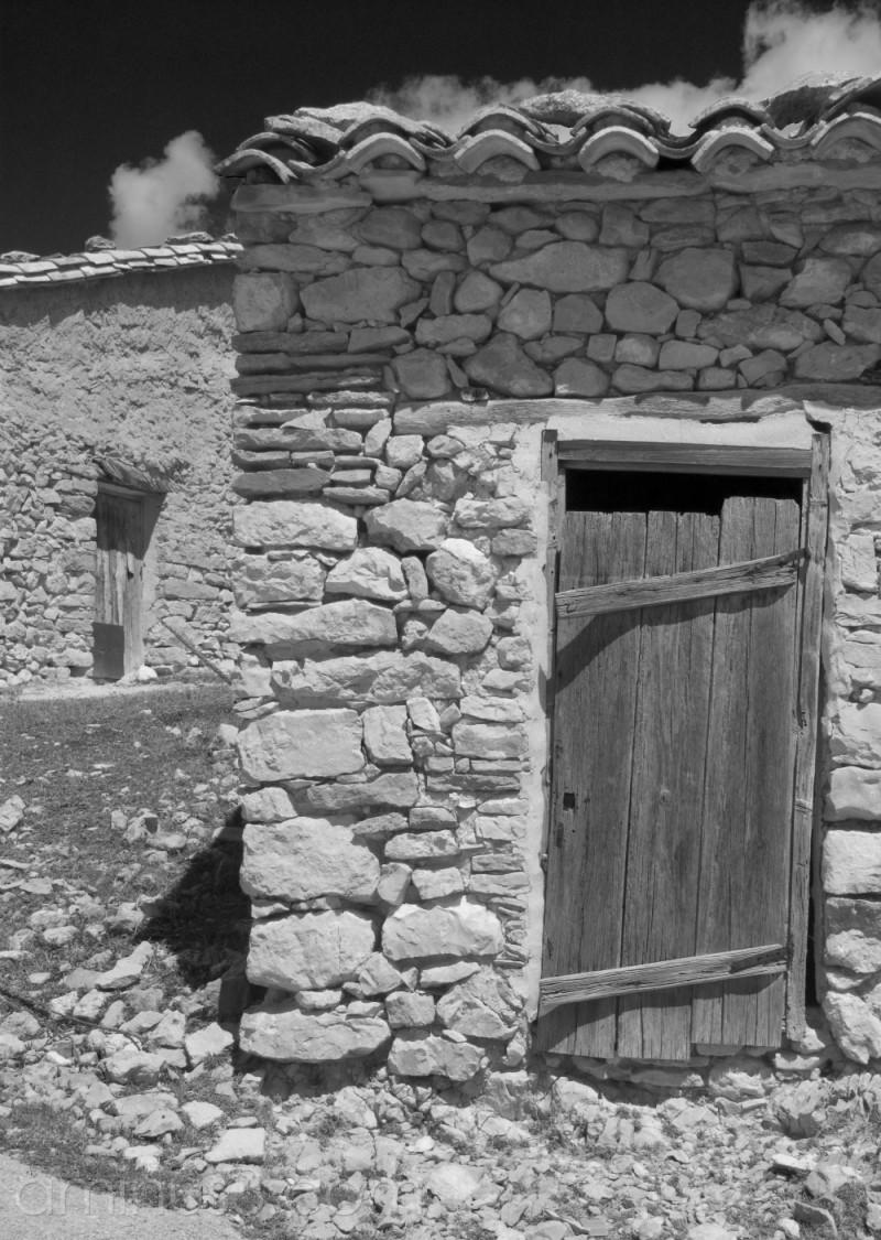 Doors in Villores