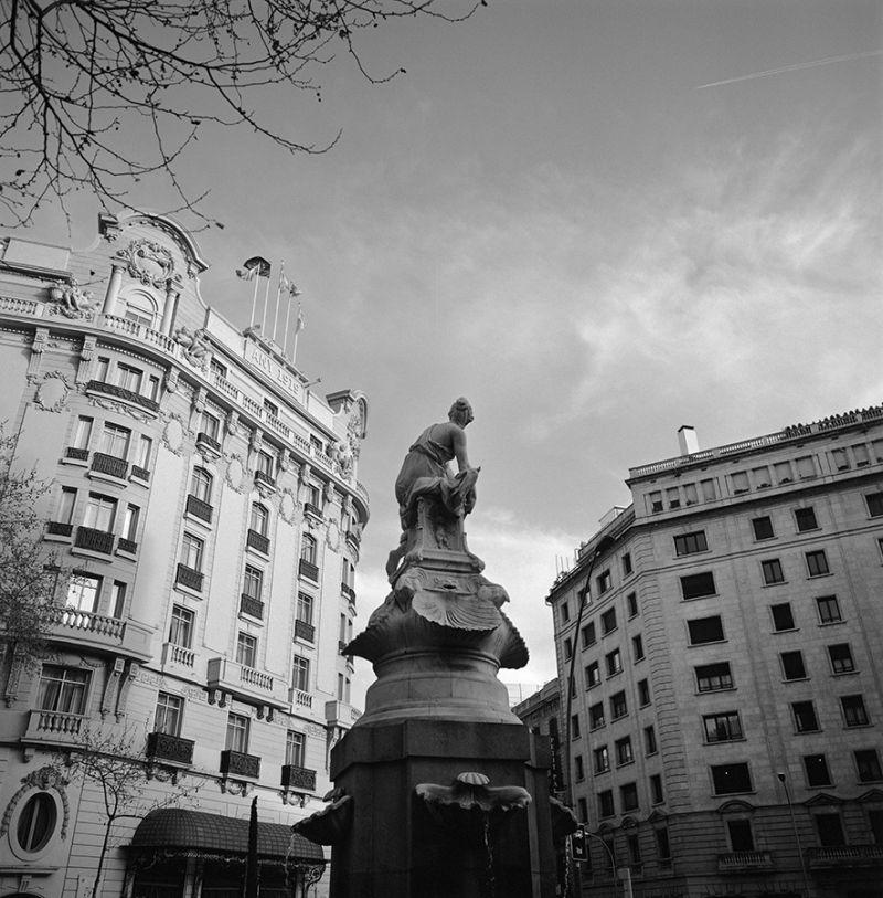Font i hotel Ritz, Barcelona