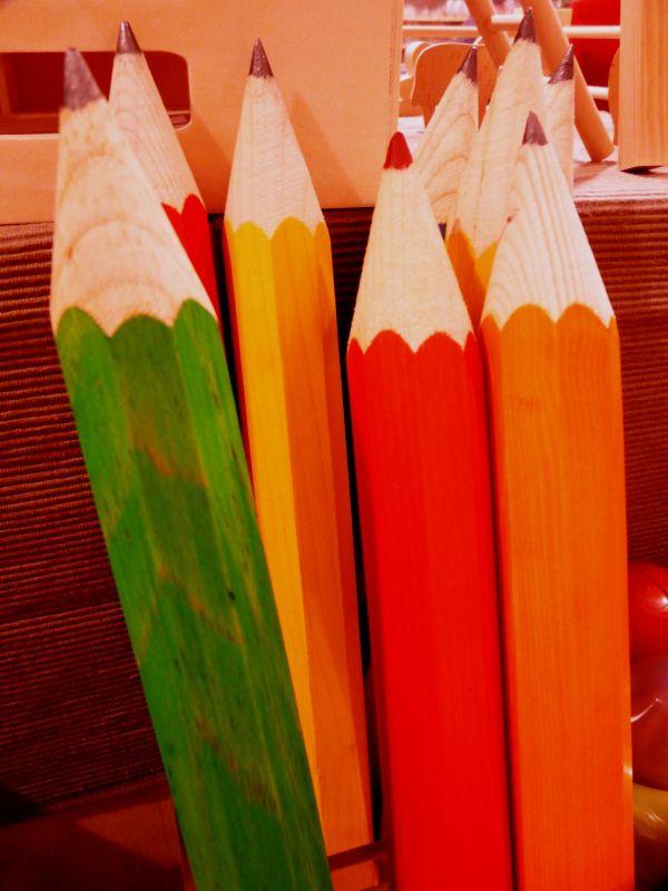 Crayons géants