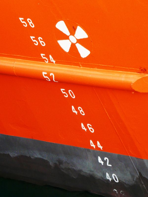 Jauge d'un bateau à Barcelone