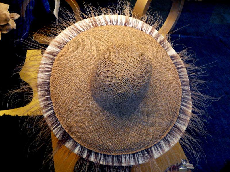 Turlututu.......chapeau ..... poilu