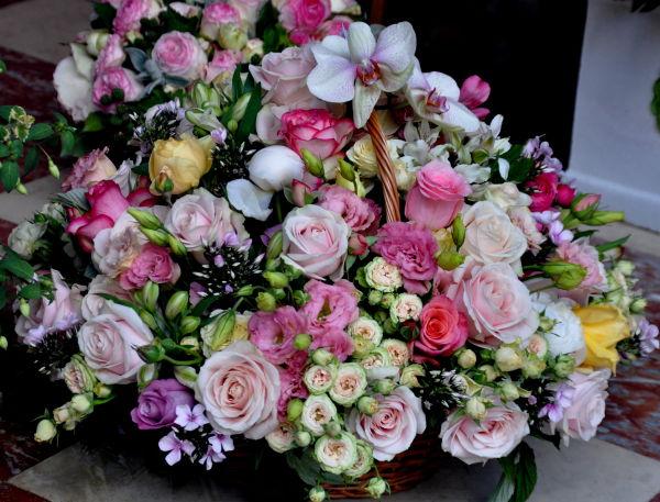 Un panier de fleur pour toutes les mamans