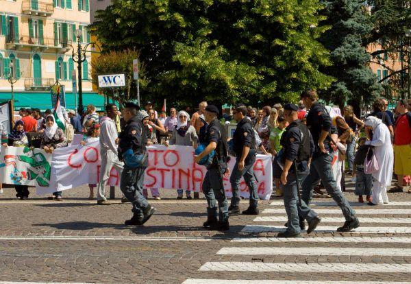 Peaceful demo