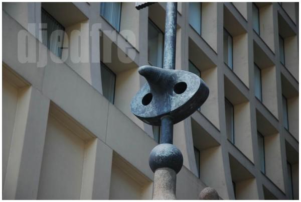 miro sculpture, chicago, illinois