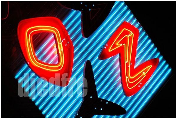 """neon """"bun boy"""" sign, baker, california"""