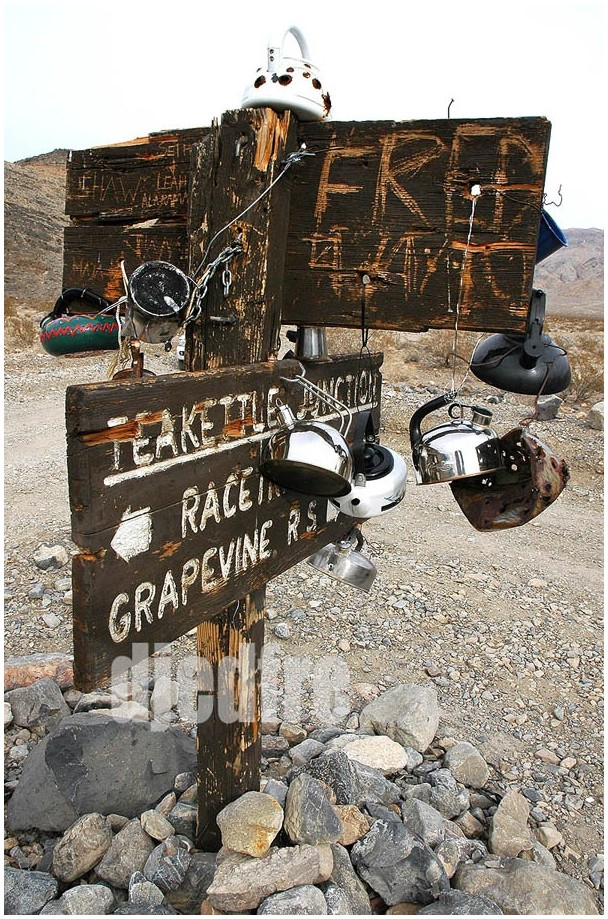 teakettle junction death valley