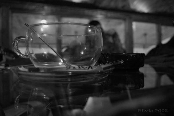 Empty tea cup in Geenie Cafe