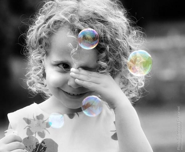 Les bulles magiques - Maheva's magic bubbles