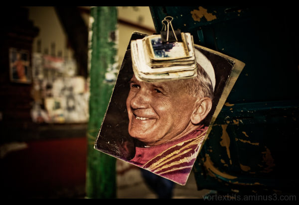 Image of Pope for sale at Coyoacan, D.F.