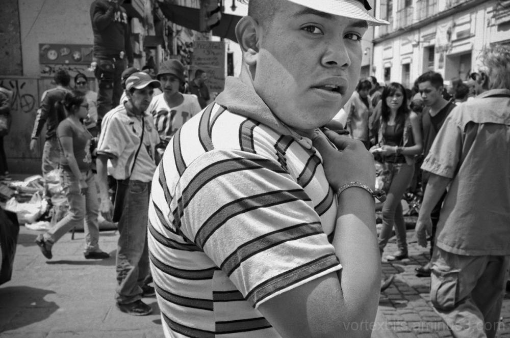 Street vendor behind palacio nacional.