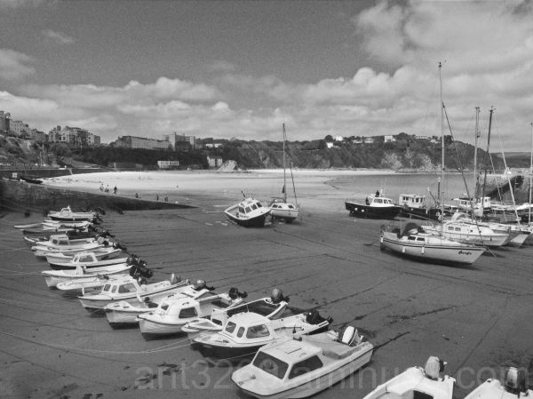 Black and White boats #1