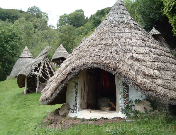 A hut with a straw hat