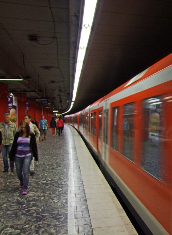 S-Bahn to Sankt Pauli