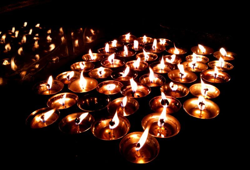 lamps lit in temple, there will be light