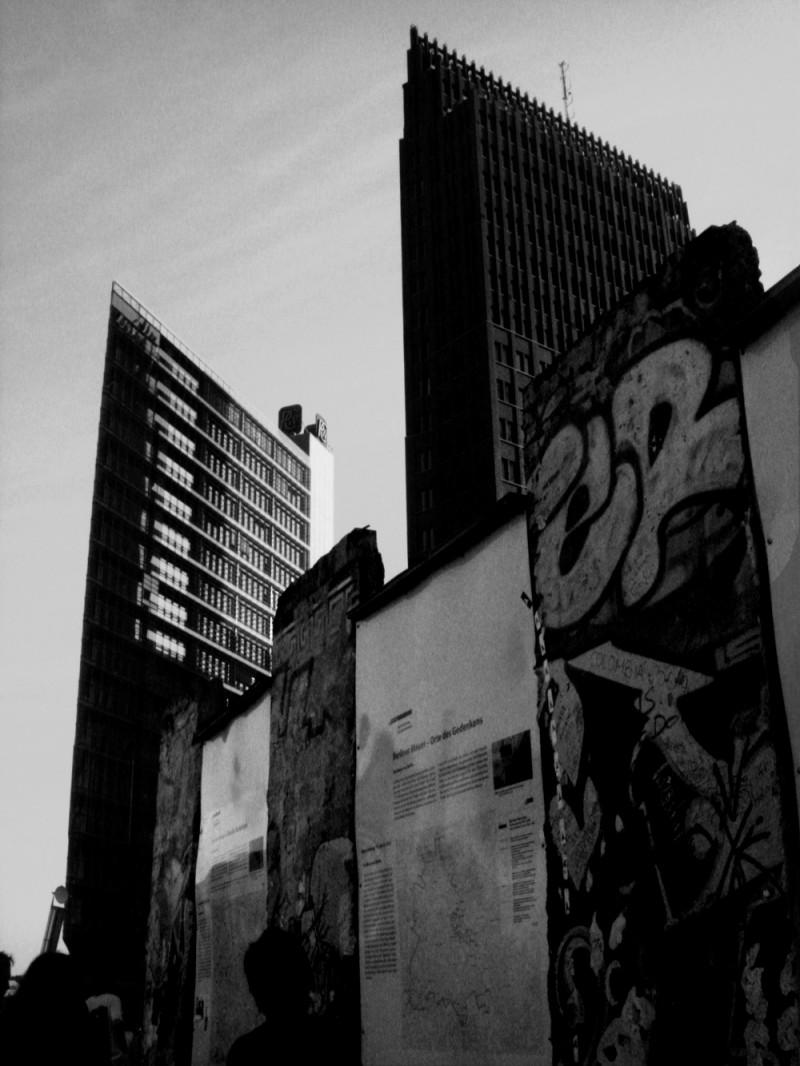 berlin, potsdamer platz, black, white