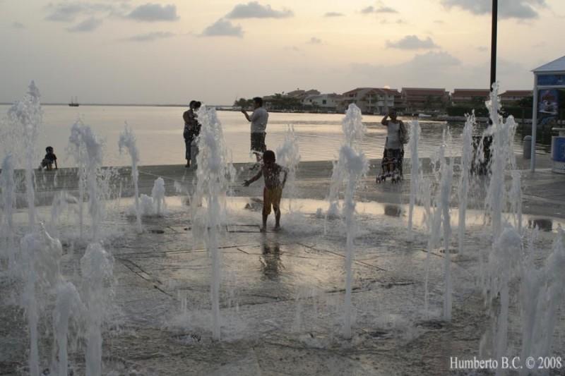 Cancun La Isla Mexico