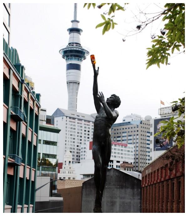 Thirsty statue
