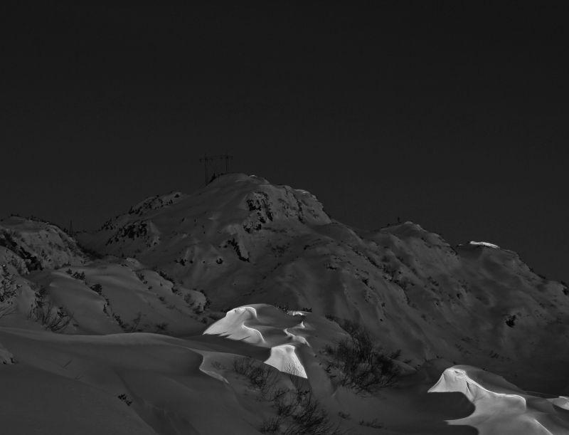 Arlberg black and white