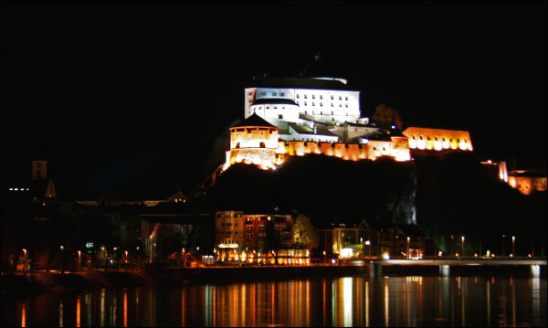Kufstein at night