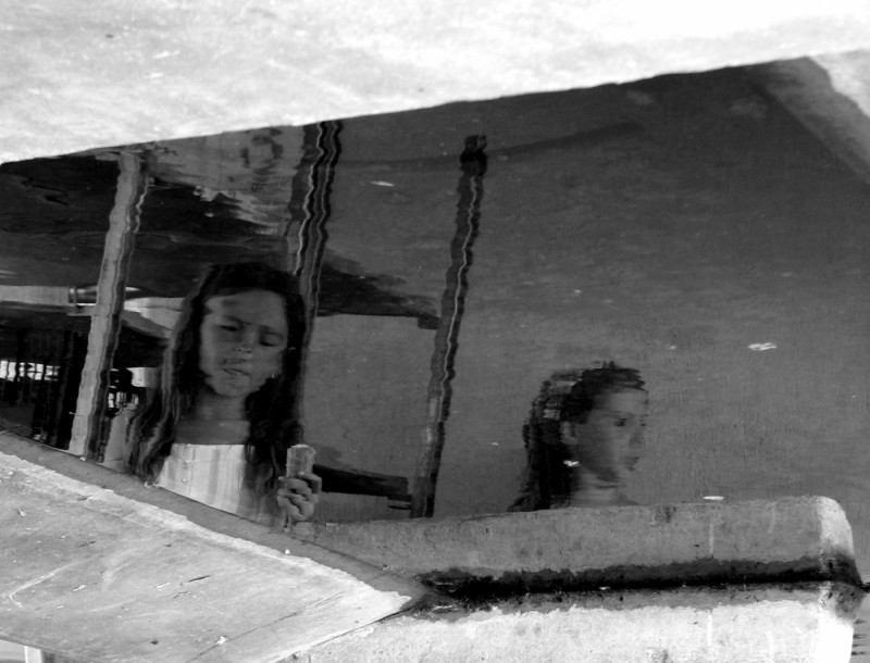 Miroir... Miroir... Dis moi...