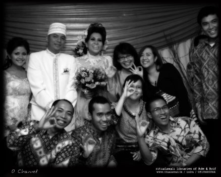 Senior O Channel Crew get married