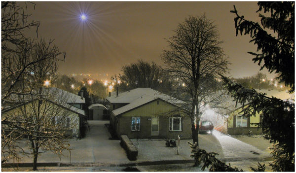 Nightime snow in the suburbs...