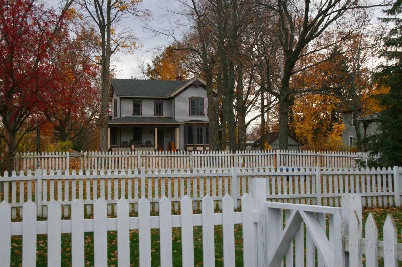 Around Town - Picket Fences