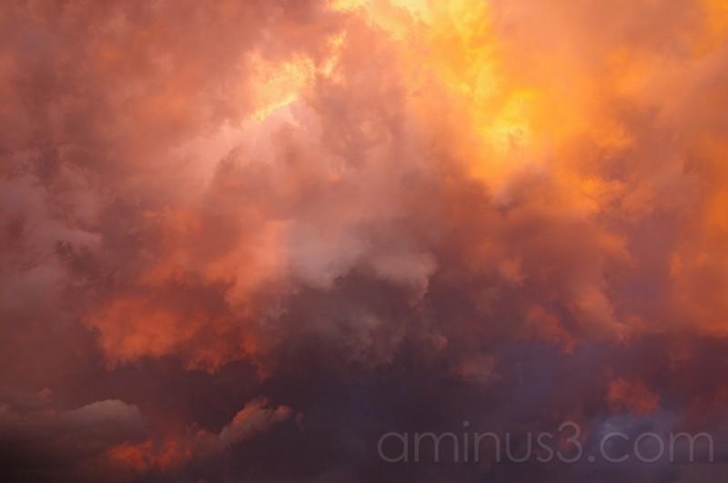 nubes naranja